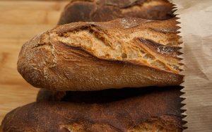 Baka eget bröd och spara pengar