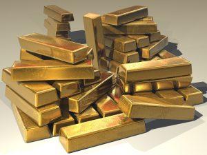Guldet stiger i väntan på besked från fed